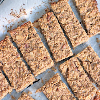 5 Ingredient Peanut Butter and Banana Energy Bars.