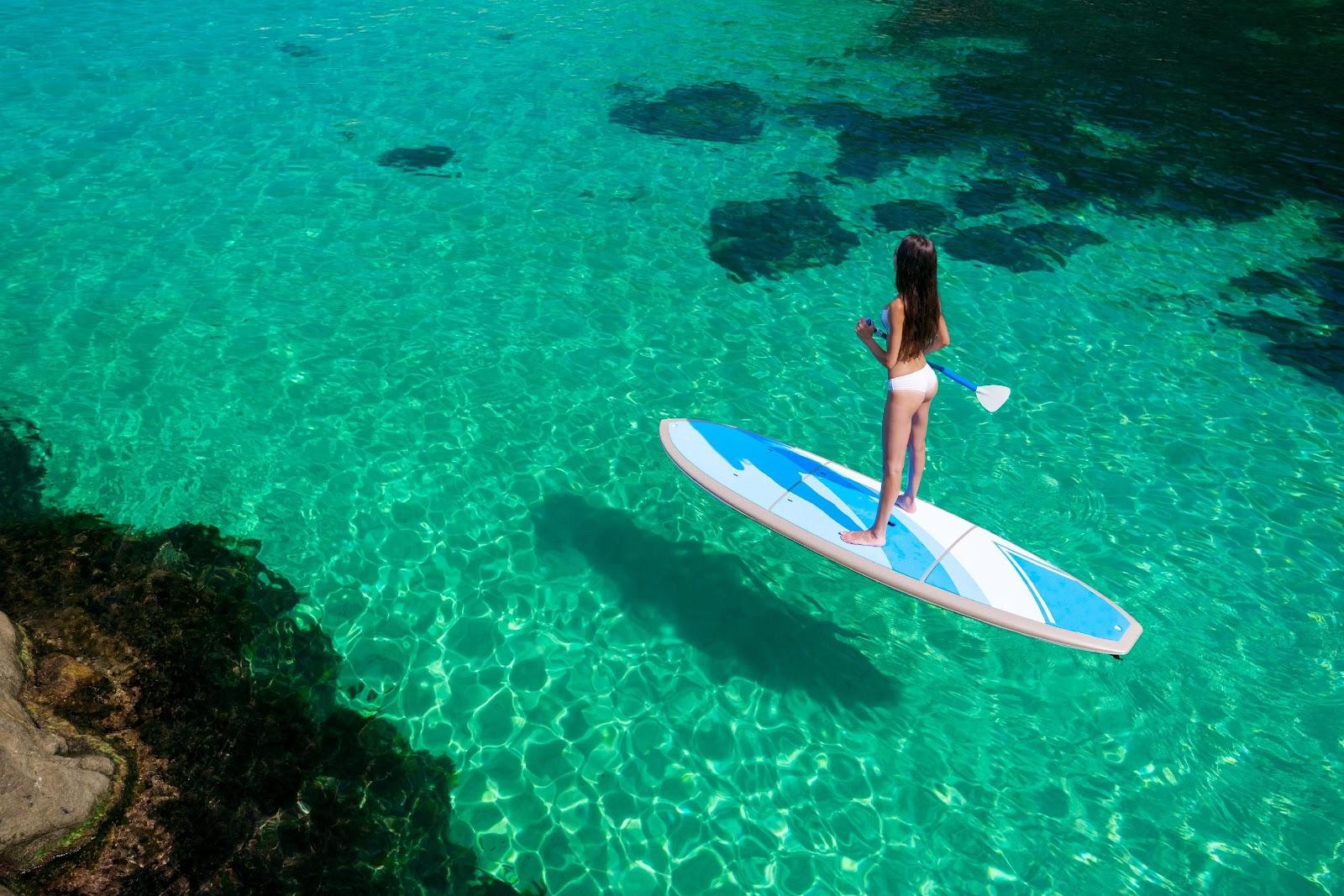 在花蓮和宜蘭玩SUP立槳才能看到山明水秀的風景