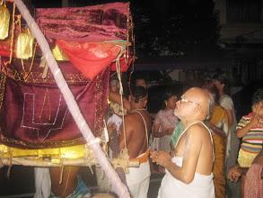 Photo: Parasara Bhattar swamy honours nachiar