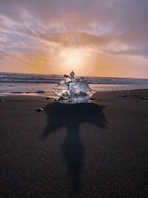 Un diamante sulla spiaggia  di petrina1987