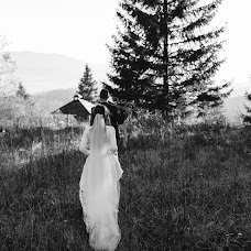 Свадебный фотограф Олеся Заривняк (asyawolf). Фотография от 19.02.2019