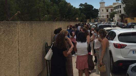 200 docentes obligados a darse la vuelta por la falta de pruebas Covid