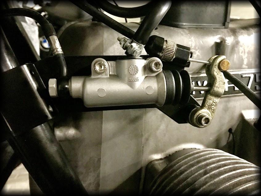 Bremspumpe von Magura für die Brembo Sättel am BMW Motorrad Boxer