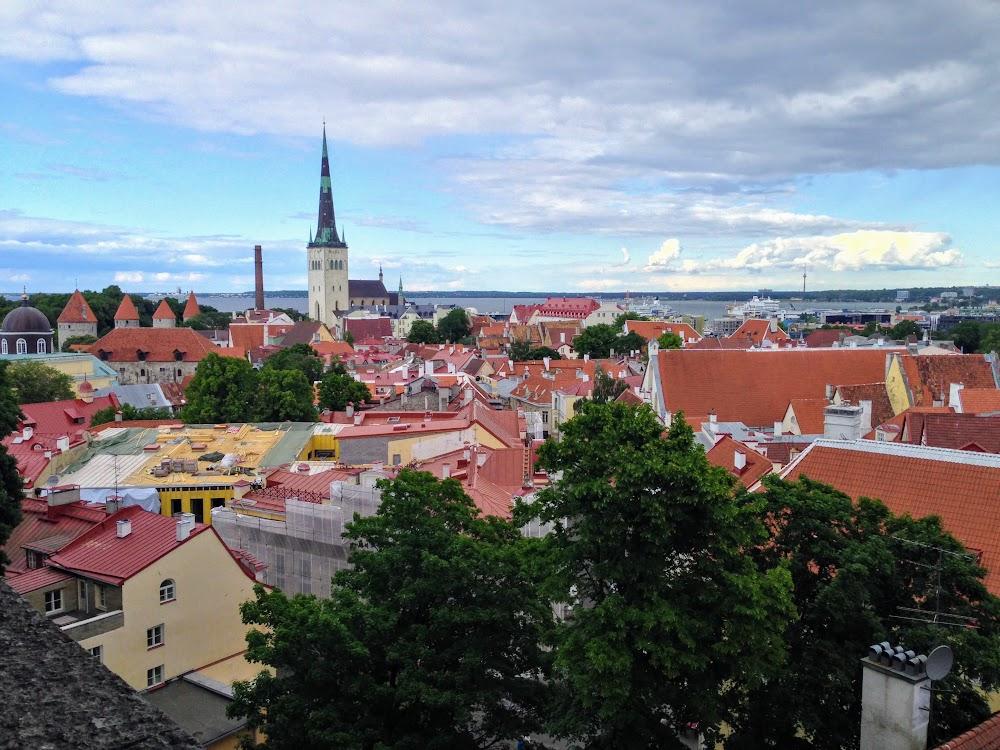 В Таллин на поезде и пароме. Июнь 2016.