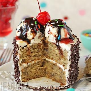 MINI BANANA SPLIT CAKES