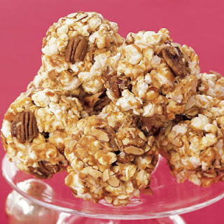 Old-Fashioned Popcorn Balls
