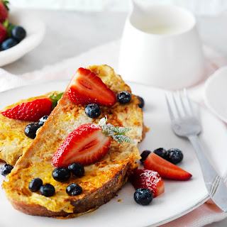 The Best Eggy French Toast with Berries.