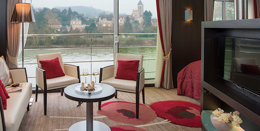 Avalon-Tapestry-II-Royal-Suite - Enter your sancuary, the Royal Suite, on Avalon Tapestry II as it cruises the Seine, Saône and Rhone Rivers of France.