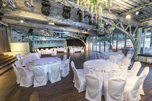 Банкетный зал в ресторане SillyCat для свадьбы 2