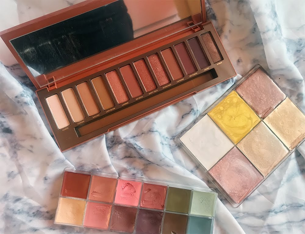 Makeup Eyeshadow Highlighter Palettes Urban Decay Make Up For Ever Le Maquillage Pro
