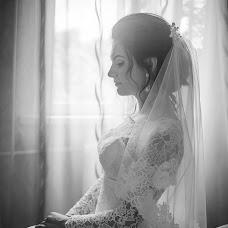 Wedding photographer Ekaterina Tolstyakova (Katrin694). Photo of 08.08.2017