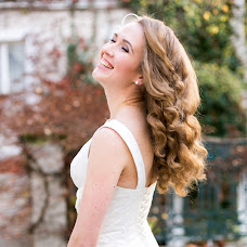 Wedding photographer Elena Usacheva (Kiwiphoto). Photo of 07.03.2017