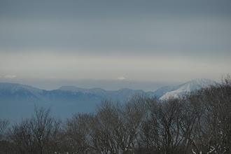 右から伊吹山・木曽御嶽山・虎子山など