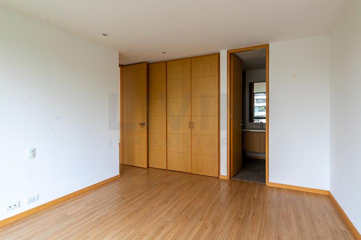 apartamento en arriendo san lucas 494-3526