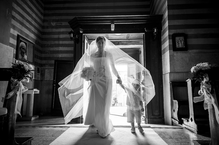Wedding photographer Alessandro Avenali (avenali). Photo of 21.01.2014