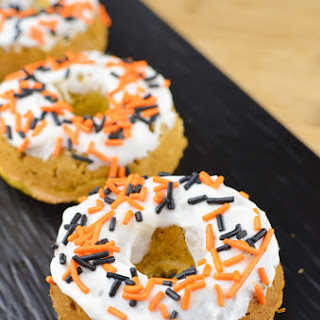 Pumpkin Oatmeal Doughnuts