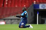 """🎥 Geweldig! Kolos Akinfenwa (102 kg) promoveert: """"Enige die me mag bellen is Klopp!"""" En dan gebeurt dit..."""