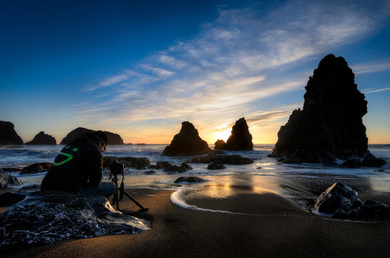 Photo: Smug Rodeo Beach, CA. 2012.  There are some people who really know how to hold a pose, +Michael Bonocoreis one of those, ask him to stand still and he will do so until you release him.  This is a 3 exposure (-2, 0, +2) HDR (done in photomatix) image of Michael as we shot Rodeo Beach a few nights ago (with +Joe Azuretoo!). I was breaking in my new circular polarizer that da. I hope that this shot is enough to earn me a +SmugMughoodie.  I noticed that everyone is posting the best 12 shots of 2012, I'm still on the fence about whether I want to go through my posts of 2012, who knows, i guess I have a few hours to decide.  #hdrphotography  #hdrphotographers
