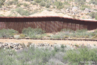 Photo: (Year 3) Day 35 -  The Fence on the US and Mexican Border #3