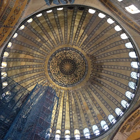 Hagya Sophia by Shelina Khimji - Buildings & Architecture Places of Worship ( famous, church, hagya sophia, mosque, turkey, istanbul, sightseeing,  )