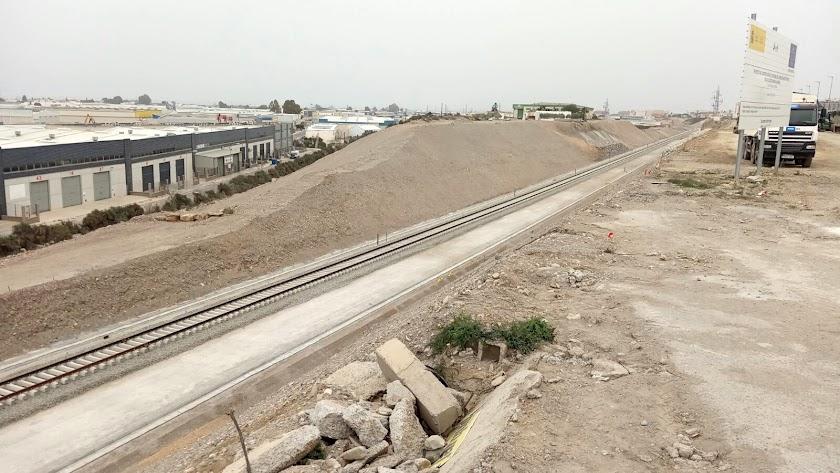 Obras de las vías del Ave en Almería, en una foto de archivo.