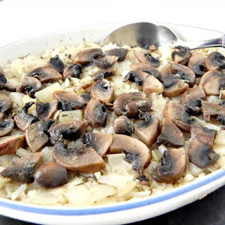 Easy Baked Rice With Mushrooms And Onion.