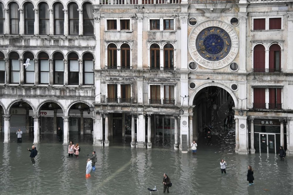 Exceptional high tide wreaks havoc in Venice
