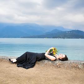Bride(25) by 敬昕 涂 - Wedding Bride ( jana bubu, bride, landscapes, sun-moon lake, bridal, lake )