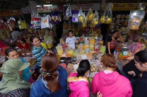 Chợ Đông Ba tỏa hương mứt Huế