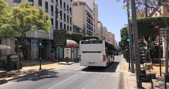 Almería restablece el servicio del bus urbano al 100% con  la fase 3