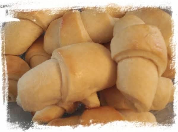 Cathy's Yeast Rolls