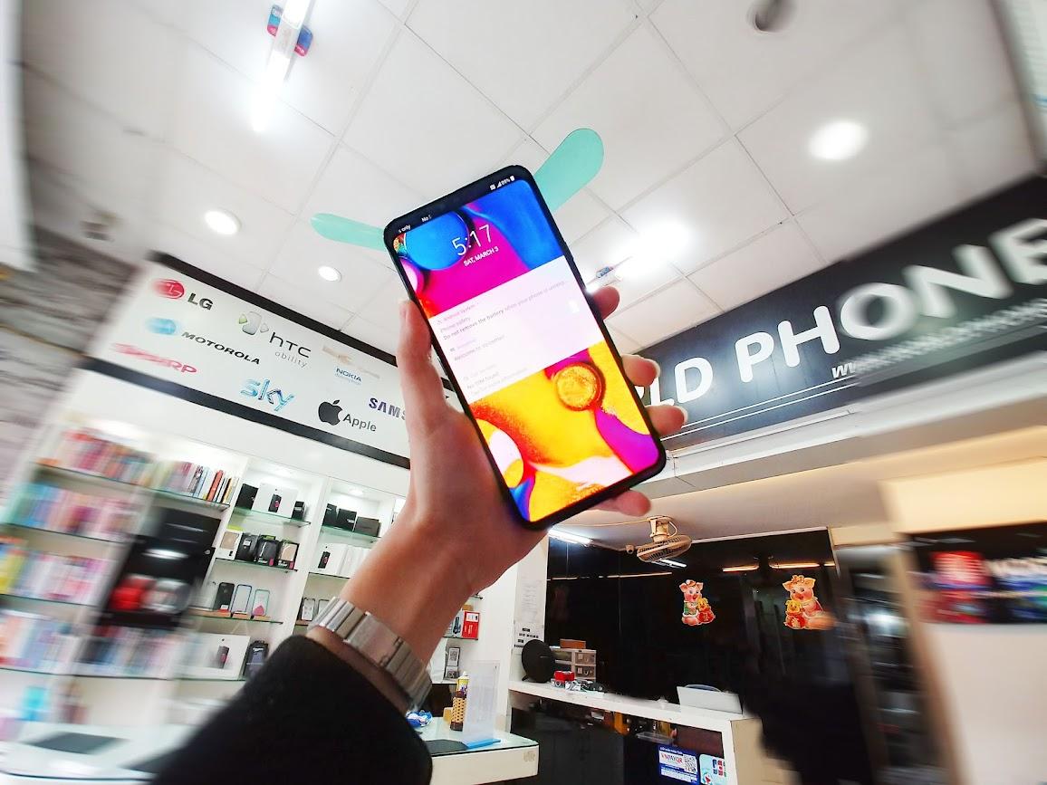 Độ phân giải Quad HD+ và đi kèm với công nghệ HDR10 cho phép LG V40 ThinQ hiển thị hình ảnh sắc nét
