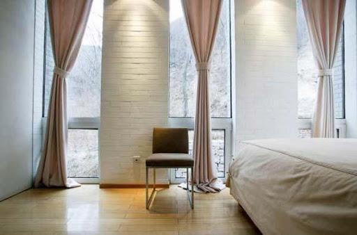 寝室の窓のデザインのアイデア