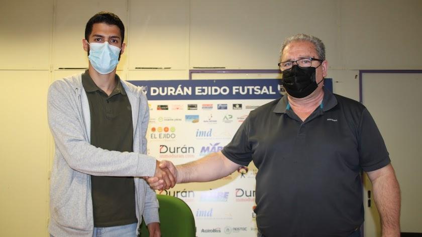 Jesús Gómez seguirá un año más en el CD El Ejido Futsal.
