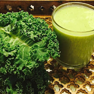Kale and Date Smoothie