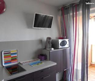 studio à Bormes-les-Mimosas (83)