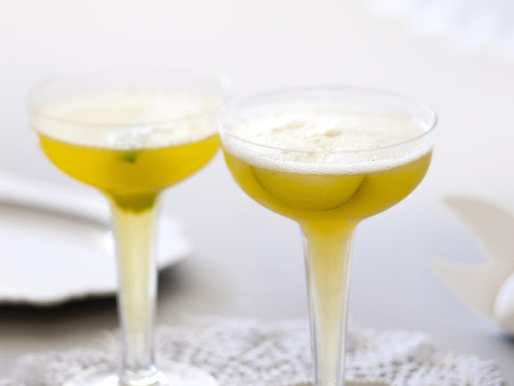 Lime and Passionfruit Champagne Punch Recipe
