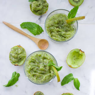 Cool Mint Chia Kiwi Slush.