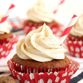 Gingerbread Latte Cupcakes with Buttercream Frosting