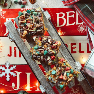 "Holiday ""Hello Dolly"" Cookie Bars."
