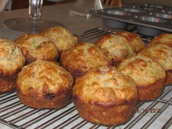 Banana Nut & Oatmeal Muffins-bakintime Recipe