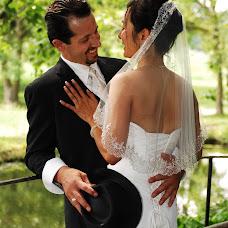 Wedding photographer Yannick Cerutti (oshen). Photo of 27.07.2017