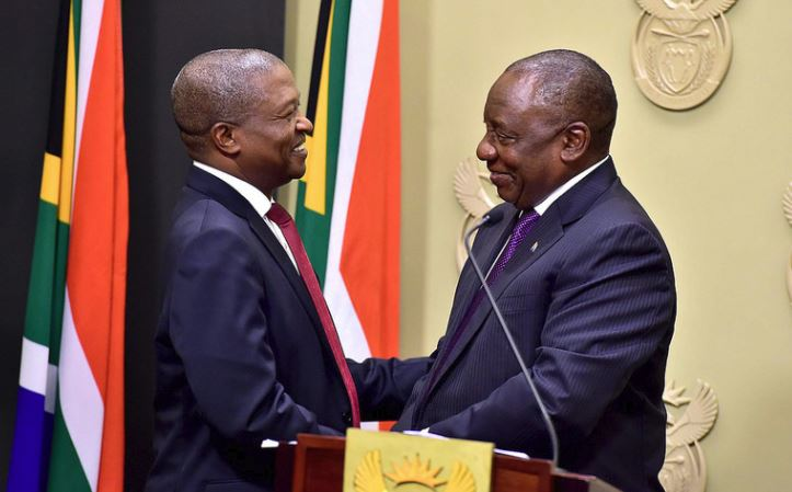 President Cyril Ramaphosa congratulates newly sworn in Deputy President David Mabuza.