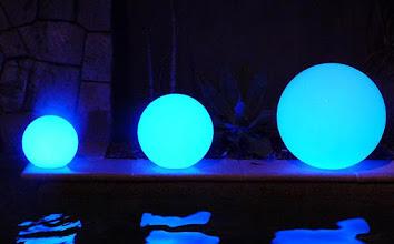 Photo: LED Kugel - Funk 7Watt RGB LED