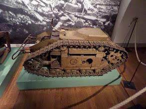 Photo: Goliath B fylldes med 83 kg sprängladdning och fjärrstyrdes.
