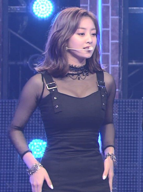 jihyo black 1