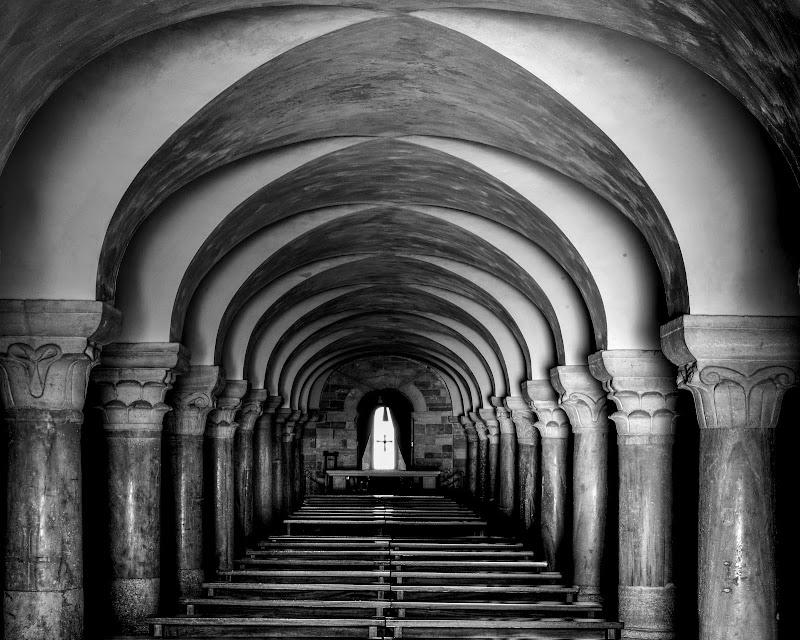 Simmetrie in Cripta di Diana Cimino Cocco