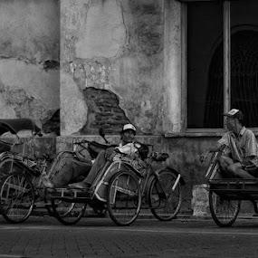 bincang bebas by Ayah Adit Qunyit - City,  Street & Park  Street Scenes