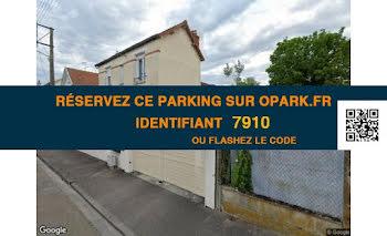 parking à Sainte-Savine (10)