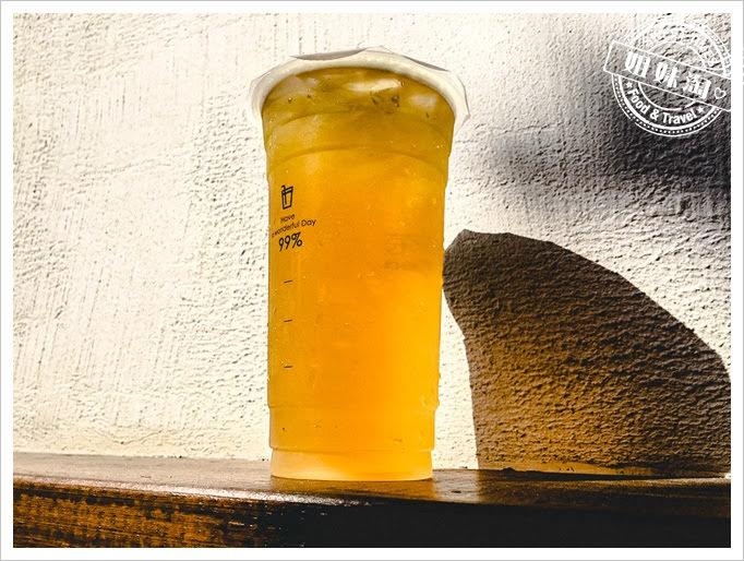 小飲涼茶青茶